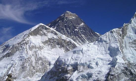 China Opens Everest For Its Nationals